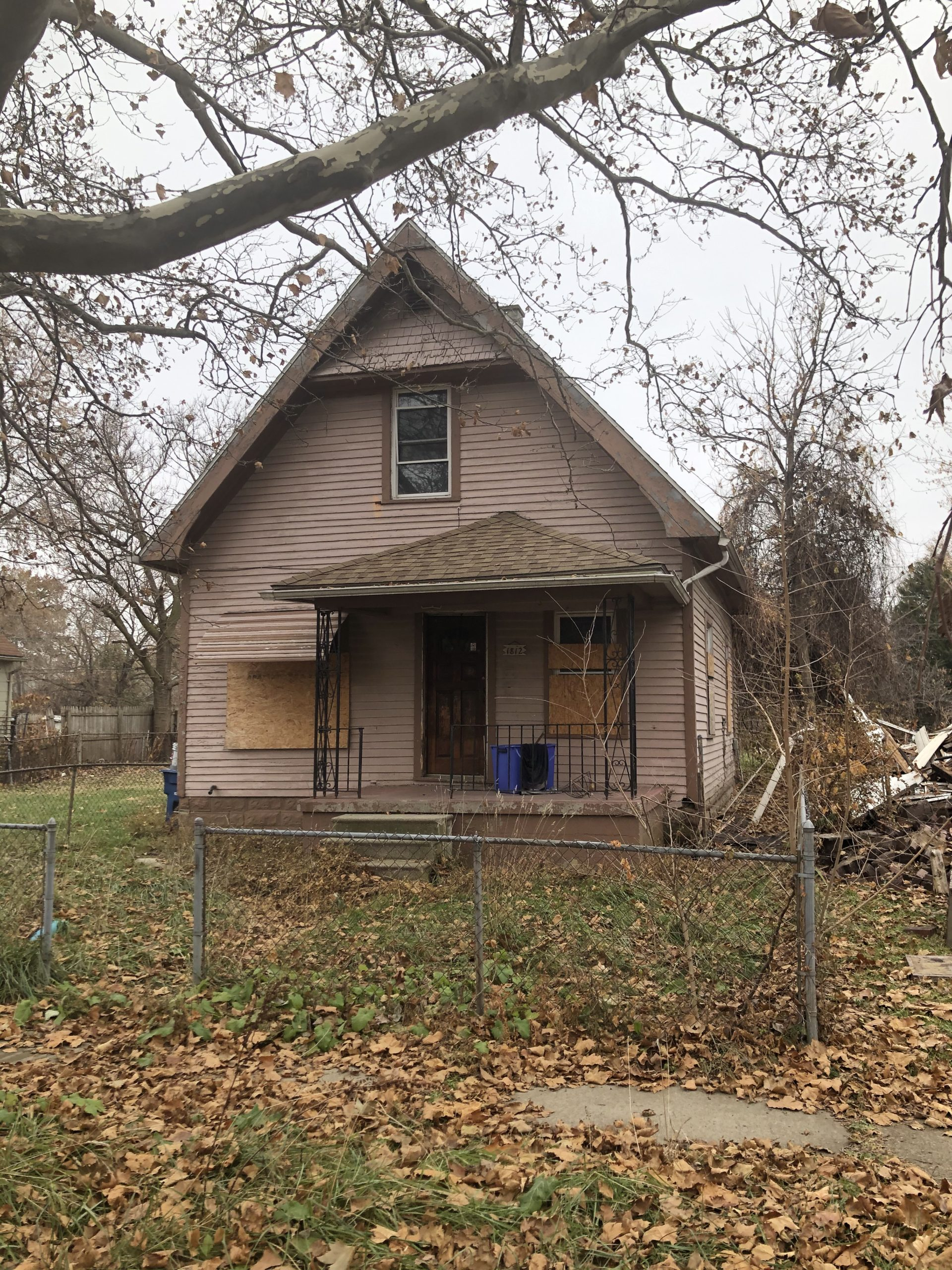 Online Real Estate Auction:  1812 FERNWOOD AVE, TOLEDO, OH 43607